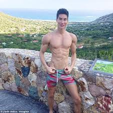 Seeking Kyle Doll Human Ken Doll Justin Jedlica Is Returning To Australia Daily