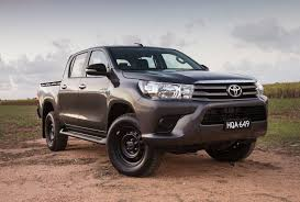 2017 ford ranger xlt double cab 4x4 review loaded 4x4 2017 toyota hilux sr double cab 4x4 review top10cars