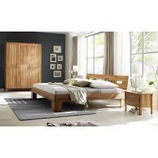 schlafzimmer kleiderschrank schlafzimmer kernbuche mit schrank und nachttisch 140x200 cm bett