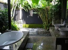 Simple Outdoor Showers - simple unique outdoor shower trend blogdelibros