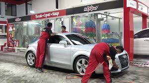 roll royce surabaya in n out drive thru car wash surabaya youtube
