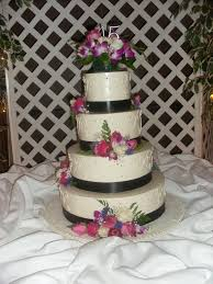 do i have to have a wedding cake mjk events