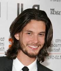 center part mens hairstly mens fashion long hair center part long hair for men centre