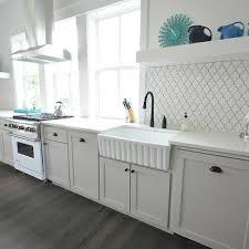 Apron Sink With Backsplash by Fluted Apron Sink Design Ideas