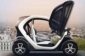 old renault renault twizy also for 14 year old drivers driving plugin