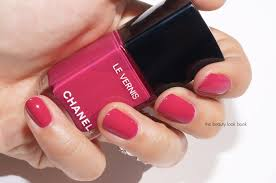 chanel le vernis longwear nail color and le gel coat longwear top