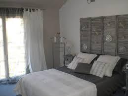 chambre blanc et taupe deco chambre gris et blanc pour taupe noir bois peinture
