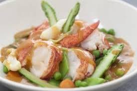 homard cuisine recette de navarin de homard aux légumes printaniers