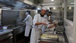 cuisine scolaire à fouesnant l excellence est de rigueur