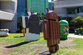 android statues a brief history of android s sweetest names from cupcake to