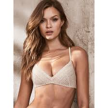 lightly lined strapless bra victoria s secret coconut white lace lightly lined wireless bra