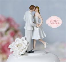 traditional cake top couples bride groom cake figurines