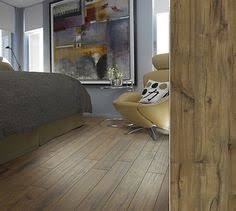 shaw laminate in a gorgeuos hewn visual style timberline
