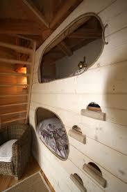 chambre cabane dans les arbres la cabane monpazier perchée dans les arbres