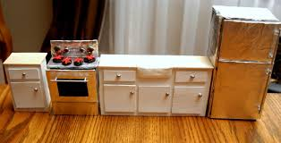 Dollhouse Kitchen Furniture Homemade Cardboard Dolls House Pie Mummy Small Bathroom Remodels