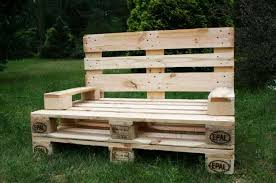 Outdoor Furniture Made From Wood Pallets 35 Outdoor Furniture And Garden Design Ideas To Reuse And Recycle