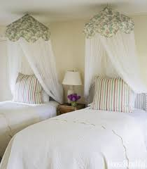 How To Make The Most Of A Small Bedroom Small Bedroom Decorating Ideas On A Budget Designs For Rooms