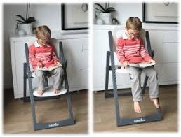 chaise haute à partir de quel age test et avis chaise haute évolutive light wood babymoov cubes