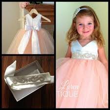 2016 pretty peach pink v neck satin and tulle flower dresses