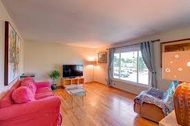 spacious home w full walkout basement u2013 2000 queens rd