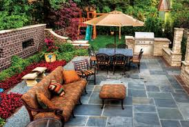 Simple Backyard Ideas Pictures And Landscaping Plans - Simple backyard design