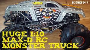 youtube monster jam trucks monster jam max d 1 10 rc monster truck review youtube