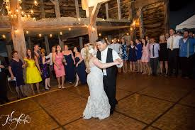 Hudson Valley Barn Wedding Lauren Matt Circa 1799 Barn Wedding Kelsey Combe Photography