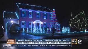 Santee Christmas Lights Kurtz Family Decks Out Their House In Holiday Lights For A Purpose