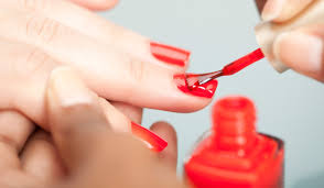 what to expect when getting a manicure beautyheaven