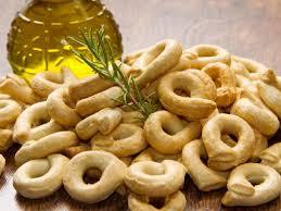 recette cuisine italienne gastronomique taralli biscuits salés italiens recette biscuit salé vin