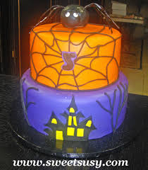 tiered halloween cakes www sweetsusy com cakes fondant 5