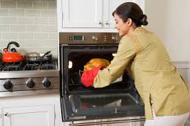 Toaster Oven Turkey Oven Roasting Tips For Baking A Rival Turkey Livestrong Com