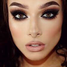 beautiful eye makeup not too fond of the eyebrows though