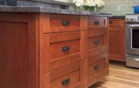 Shaker Style Kitchen Cabinets Craftsman Style Kitchens Shaker Oak Kitchen Clock Oak Shaker