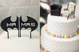 batman wedding cake toppers how to choose the wedding cake topper the pink