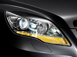 mercedes headlights 2010 mercedes benz r class headlights 1280x960 wallpaper