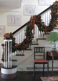 Handrail Christmas Decorations 40 Traditional Christmas Decorations Digsdigs