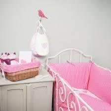 chambre bébé lola linge de lit bébé fille lola pour un univers romantique