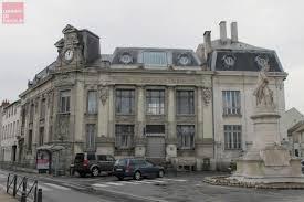 bureau de poste angers saumur la poste du centre ville fermée pendant plus d un mois