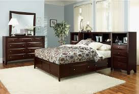 bedroom decorative king size transitional varnished solid wood