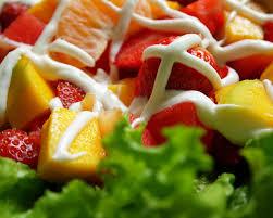 cara membuat salad sayur atau buah simak informasi tentang cara membuat resep salad buah keju mayonaise