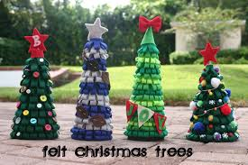 felt christmas trees lines across