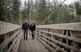 spokane wedding photographers travis engagement spokane wedding photographer spokane