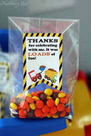 Favors For Birthday by Best 25 Construction Favors Ideas On Digger