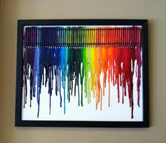 crafts for bedroom crayola crayon art layout crayons touching evenly hot glue them
