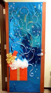 christmas door decorations winning christmas door decorations pilotproject org