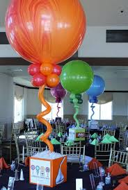 Candy Themed Centerpieces by 474 Best Balloons Candyland Images On Pinterest Balloon Arch