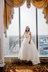 when to shop for a wedding dress 7 things to consider before going wedding dress shopping