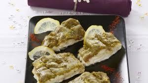 cuisiner un dos de cabillaud recette dos de cabillaud pistaché sauce morille cuisiner