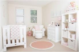 kinderzimmer deko m dchen babyzimmer deko madchen weisse moebel rosa akzente textilien